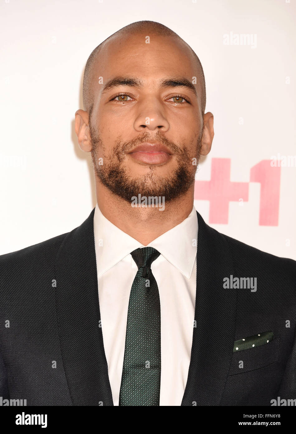 Actor Kendrick Sampson atiende VH1 Big In 2015 Con Entertainment Weekly Awards en el Pacific Design Center el 15 Imagen De Stock