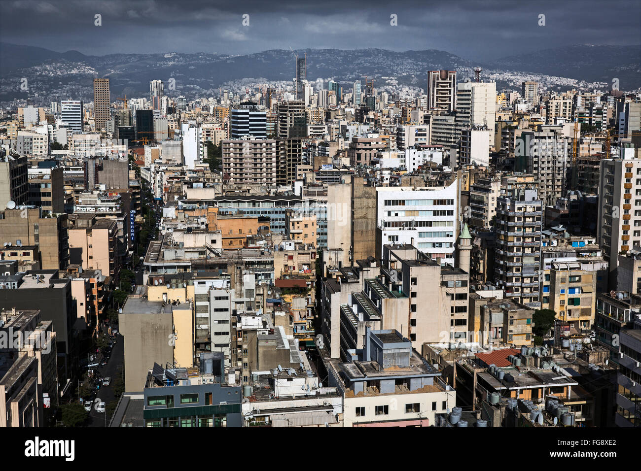 Los rascacielos al atardecer en Beirut. Imagen De Stock