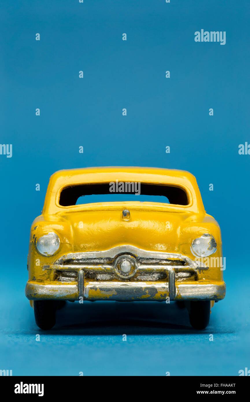 Ford Sedan modelo Dinky Toy Car. Imagen De Stock