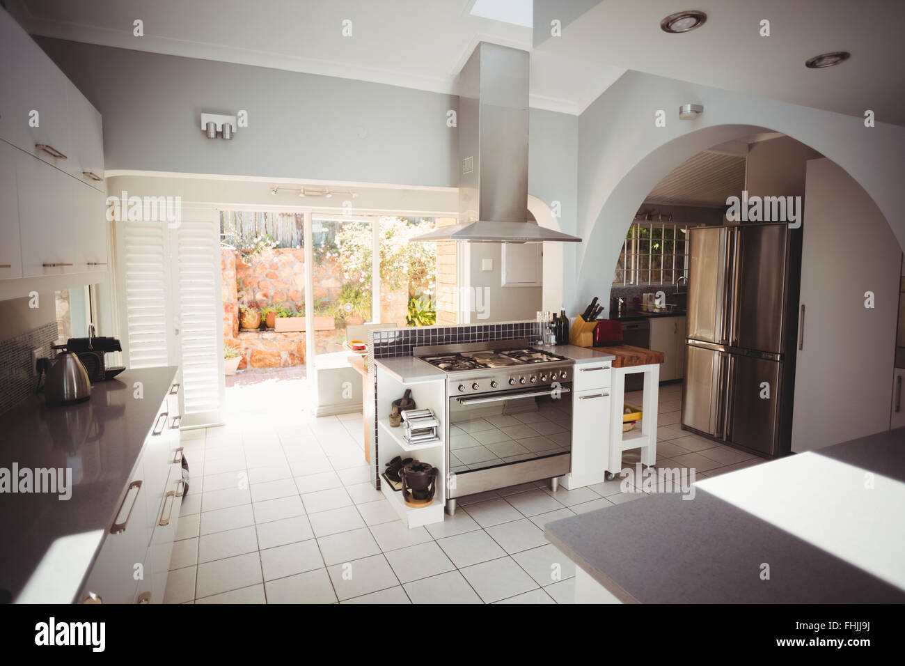 Cocina en un elegante hogar Imagen De Stock