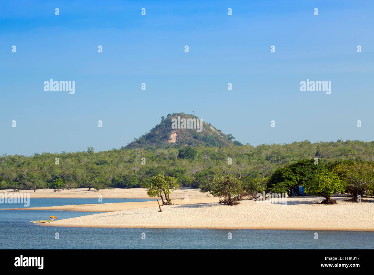 La Ilha do Amor (Love Island) y playa en Alter do Chao, Amazonia brasileña Imagen De Stock