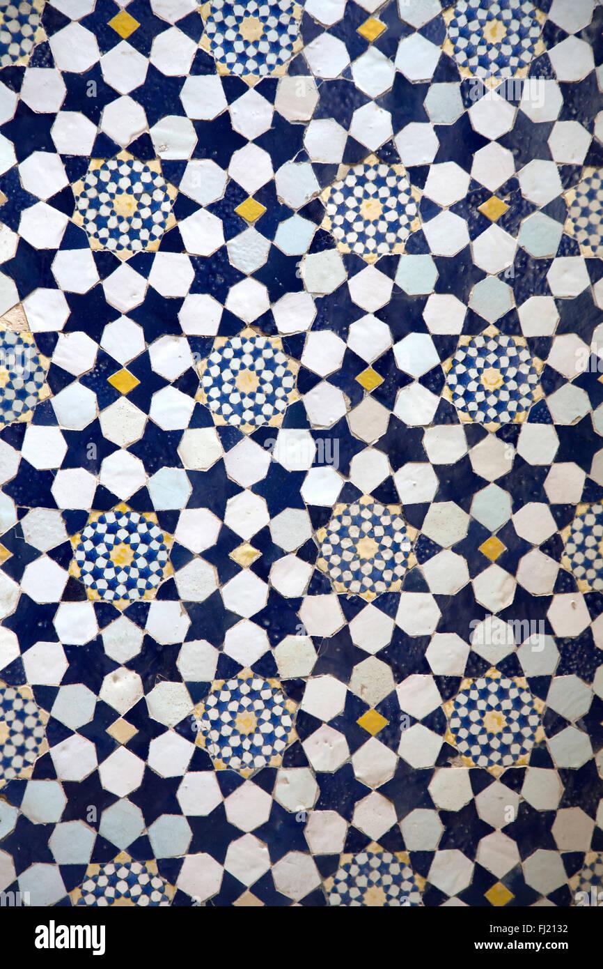 Irán Persia detalles sobre arquitectura - patrón agradable y dibujos de mezquitas en KAshan Imagen De Stock