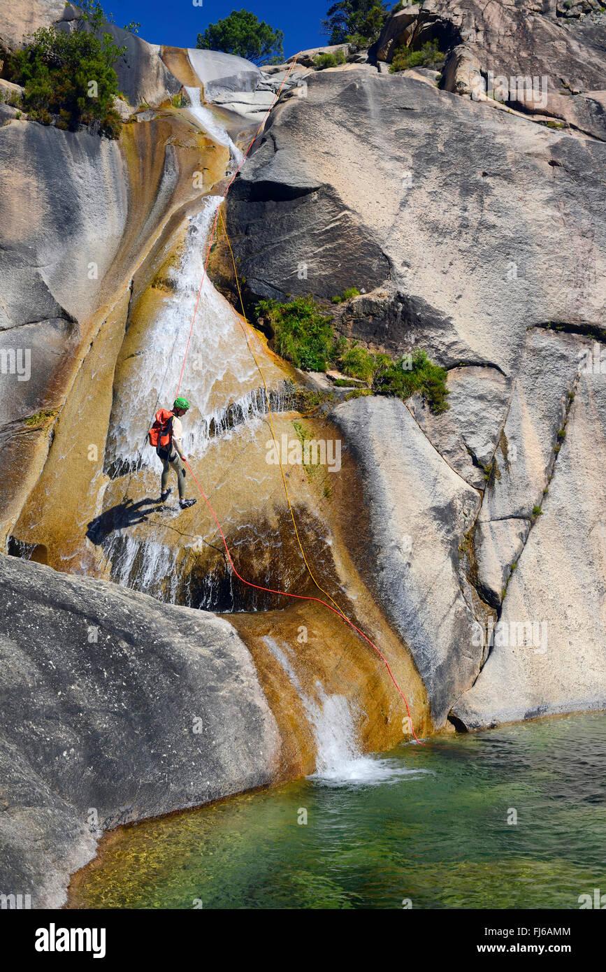 El cañón de la Purcaraccia en montañas de Bavella, Francia, Córcega Foto de stock