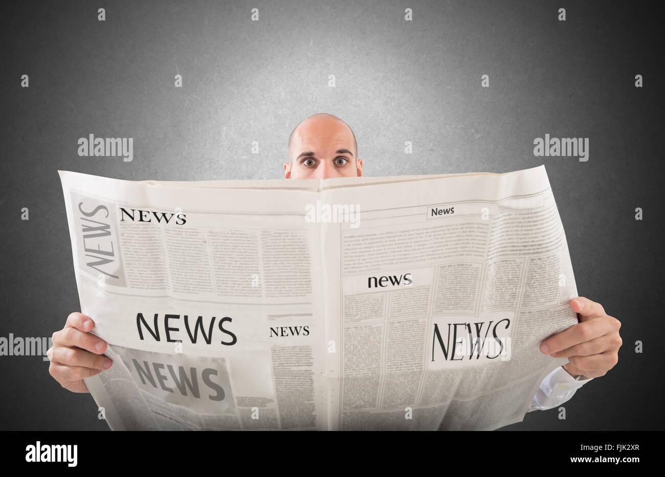 Impresionante la noticia en el periódico Imagen De Stock