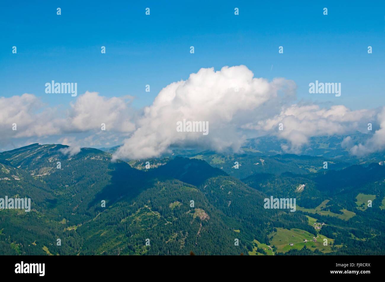 Geografía / viajes, Alemania, Baviera, paisajes, vistas desde el Fellhorn en Kleinwalsertal, Additional-Rights Imagen De Stock