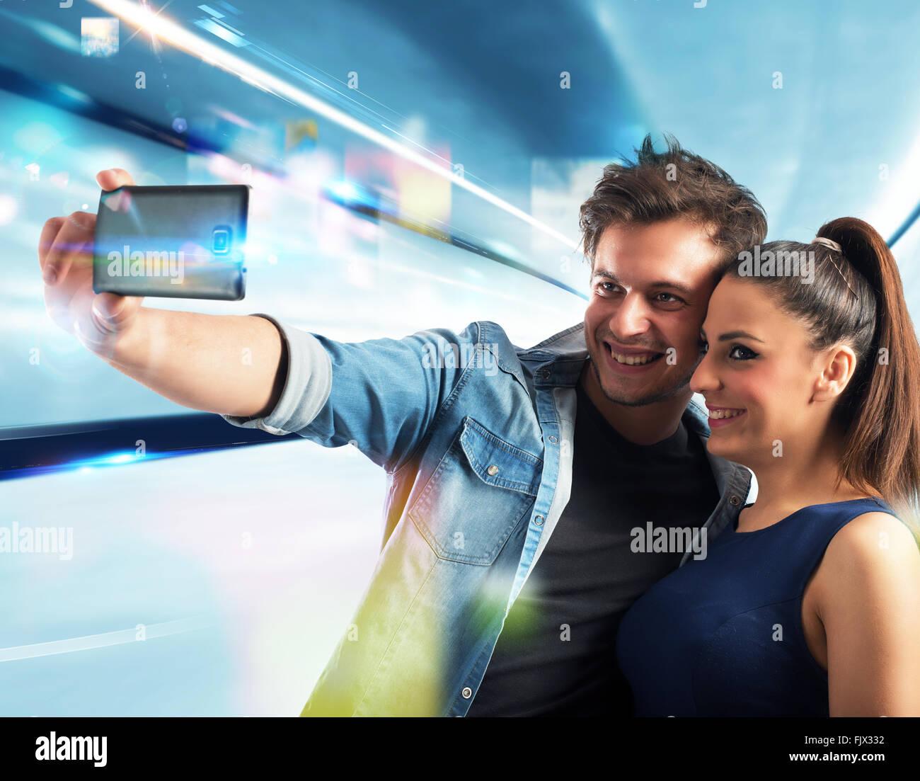 Pareja sonriente selfie Imagen De Stock