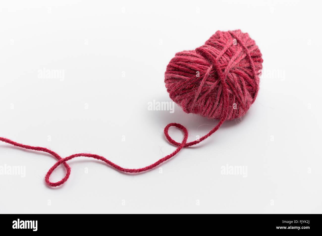 Pink Crochet Background Yarn Heart Imágenes De Stock & Pink Crochet ...