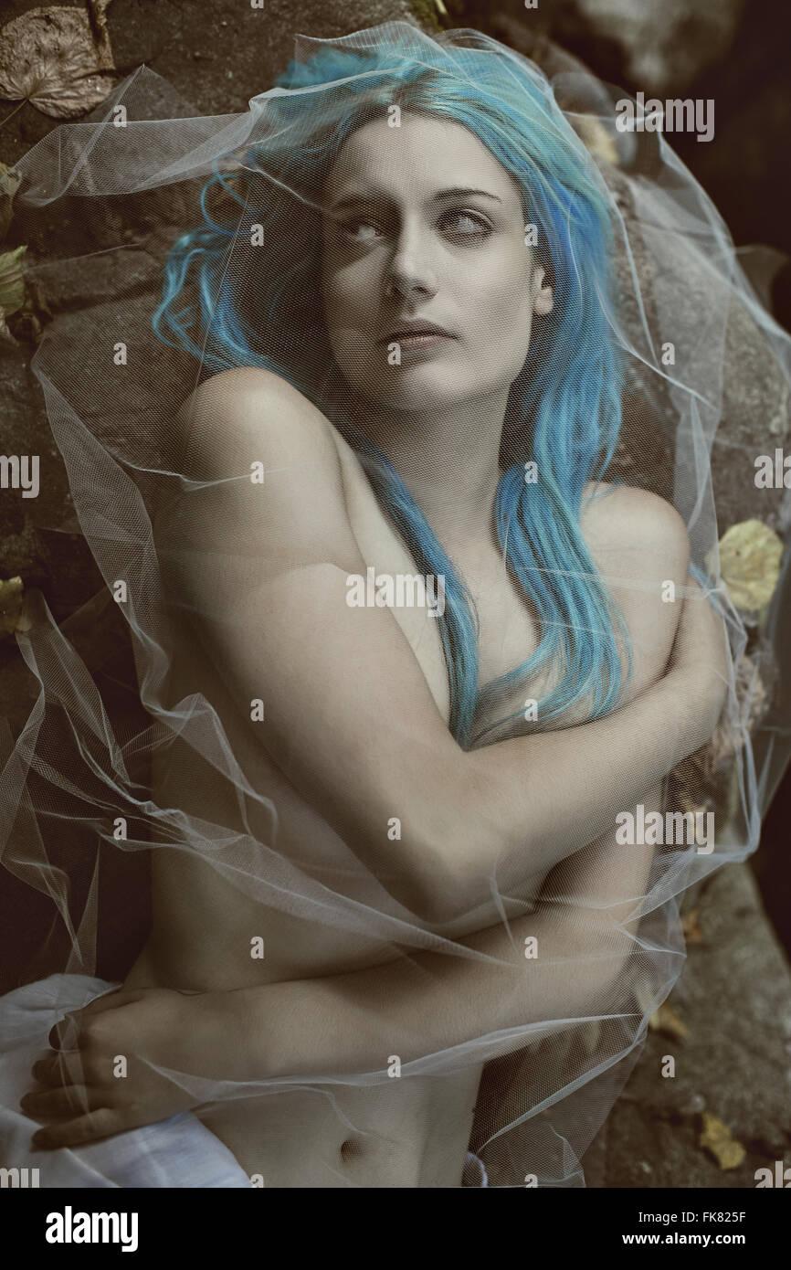 Novia vampiro oscuro retrato . Halloween y decadencia concepto Imagen De Stock