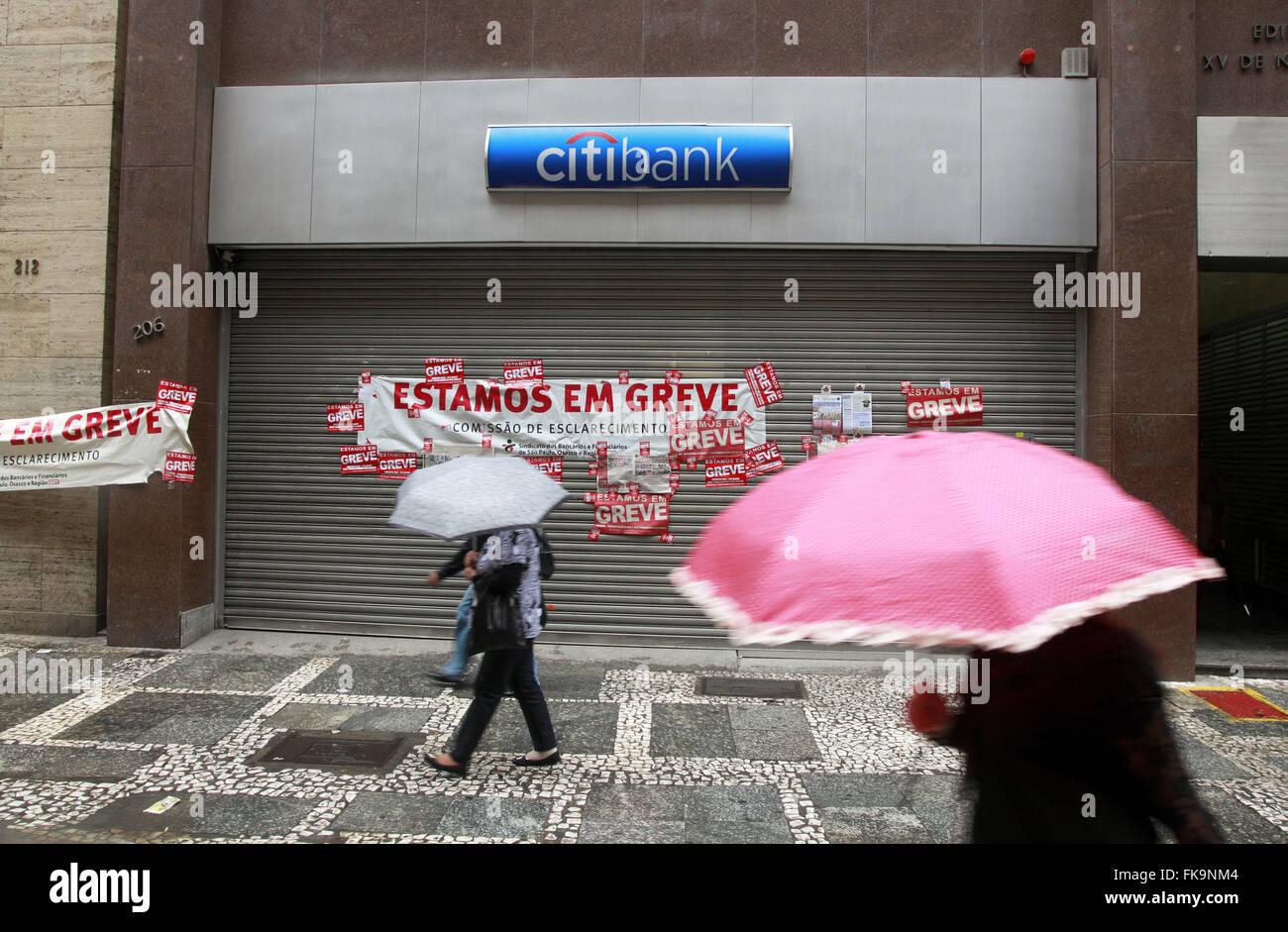 Banner anunciando la huelga del banco Imagen De Stock