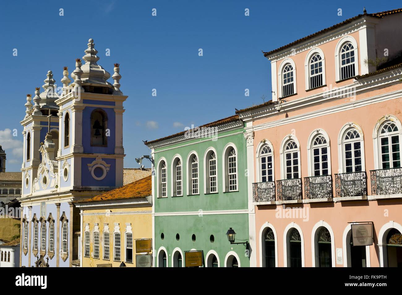 Las casas y la iglesia de Nuestra Señora del Rosario de los negros - construido en el siglo xviii Imagen De Stock