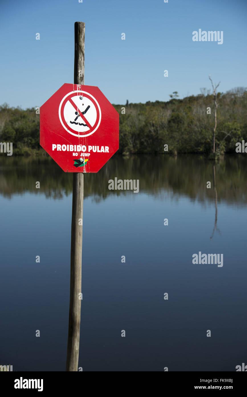 Junta prohibiendo la natación - sin omitir Imagen De Stock