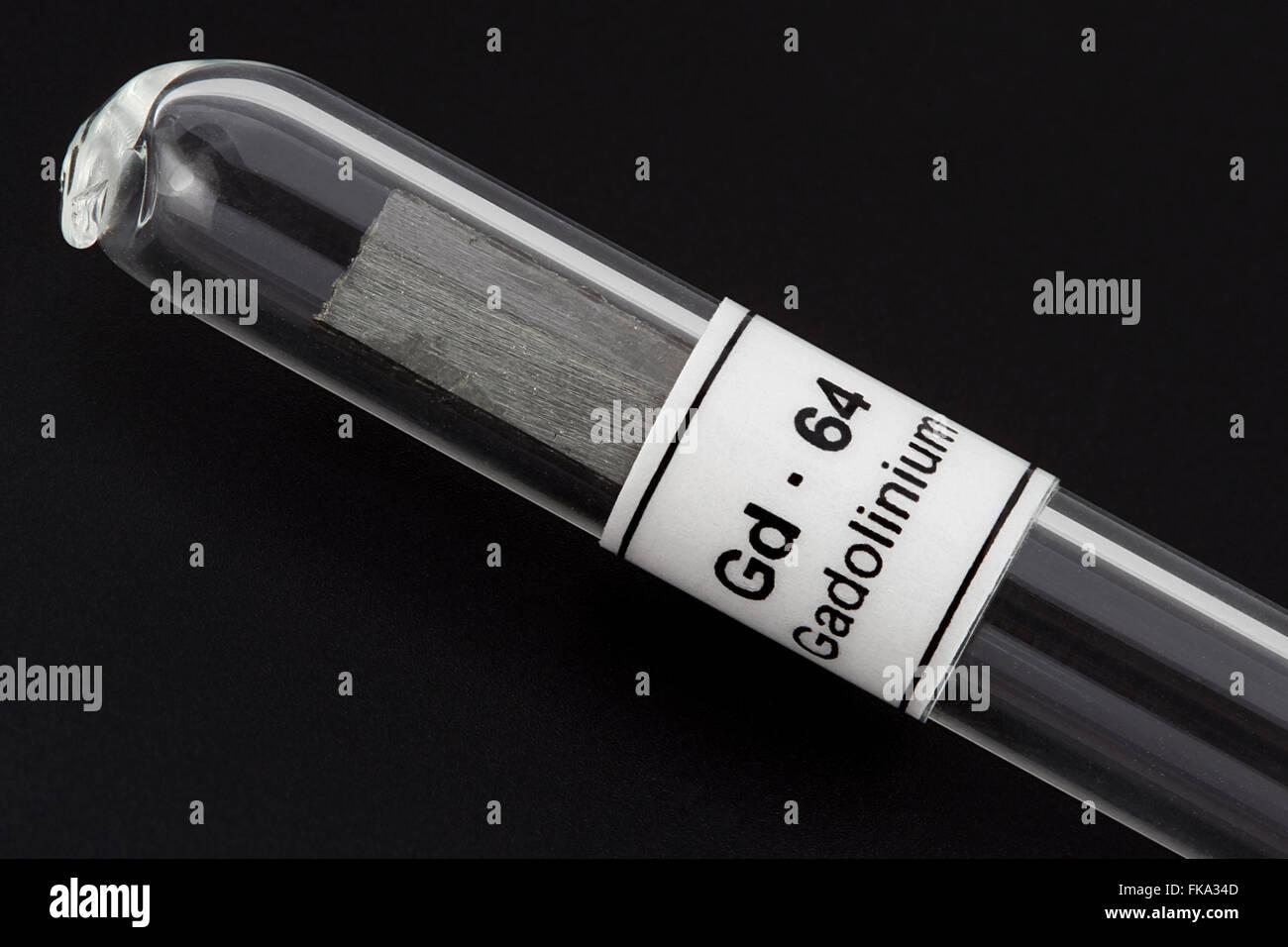 El gadolinio (Gd - 64), elemento químico, metales de tierras raras Imagen De Stock
