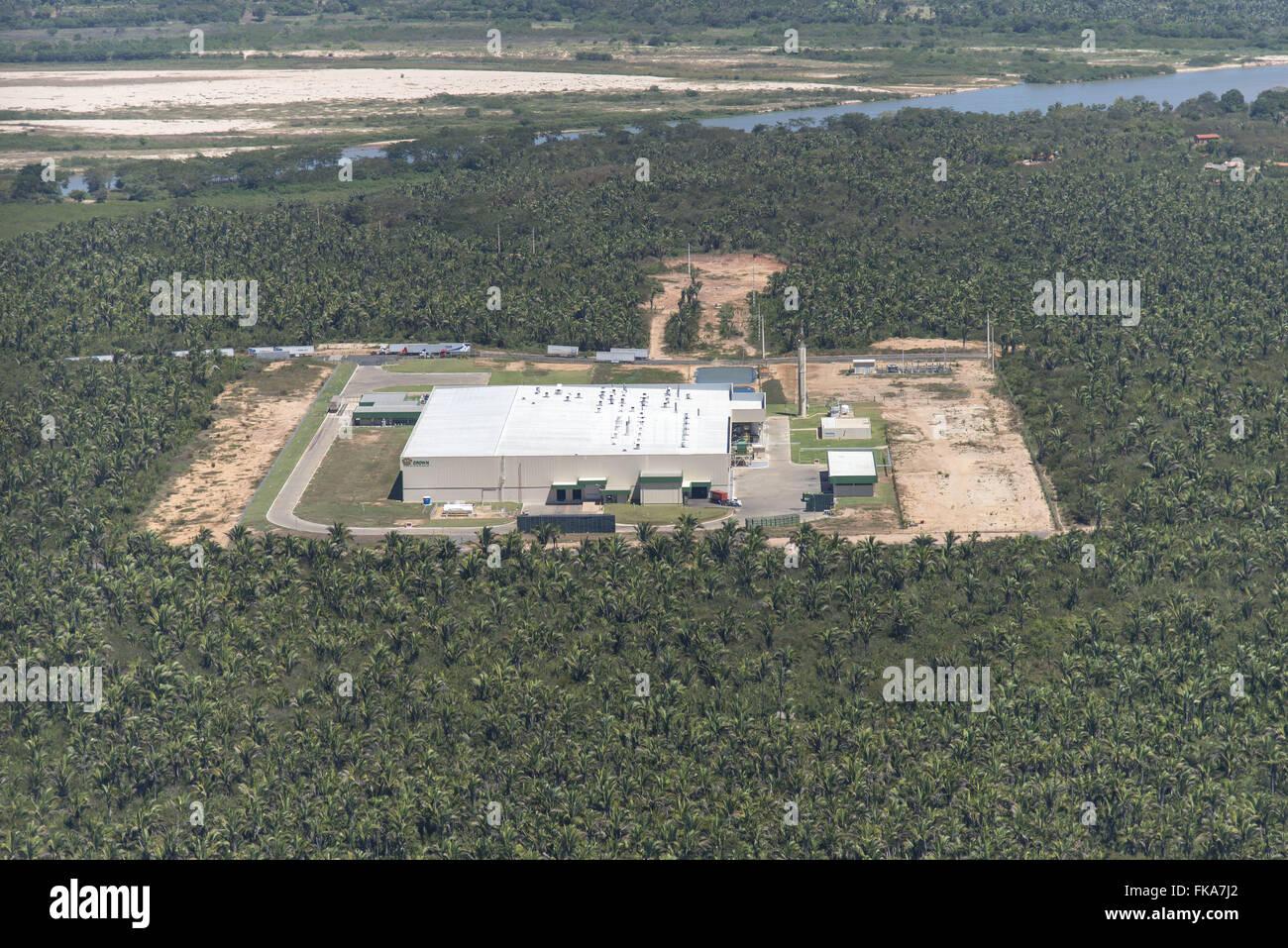 Vista aérea indústria de latas de alumínio ningún Distrito Industrial em Meio Norte una mata de cocais Foto de stock