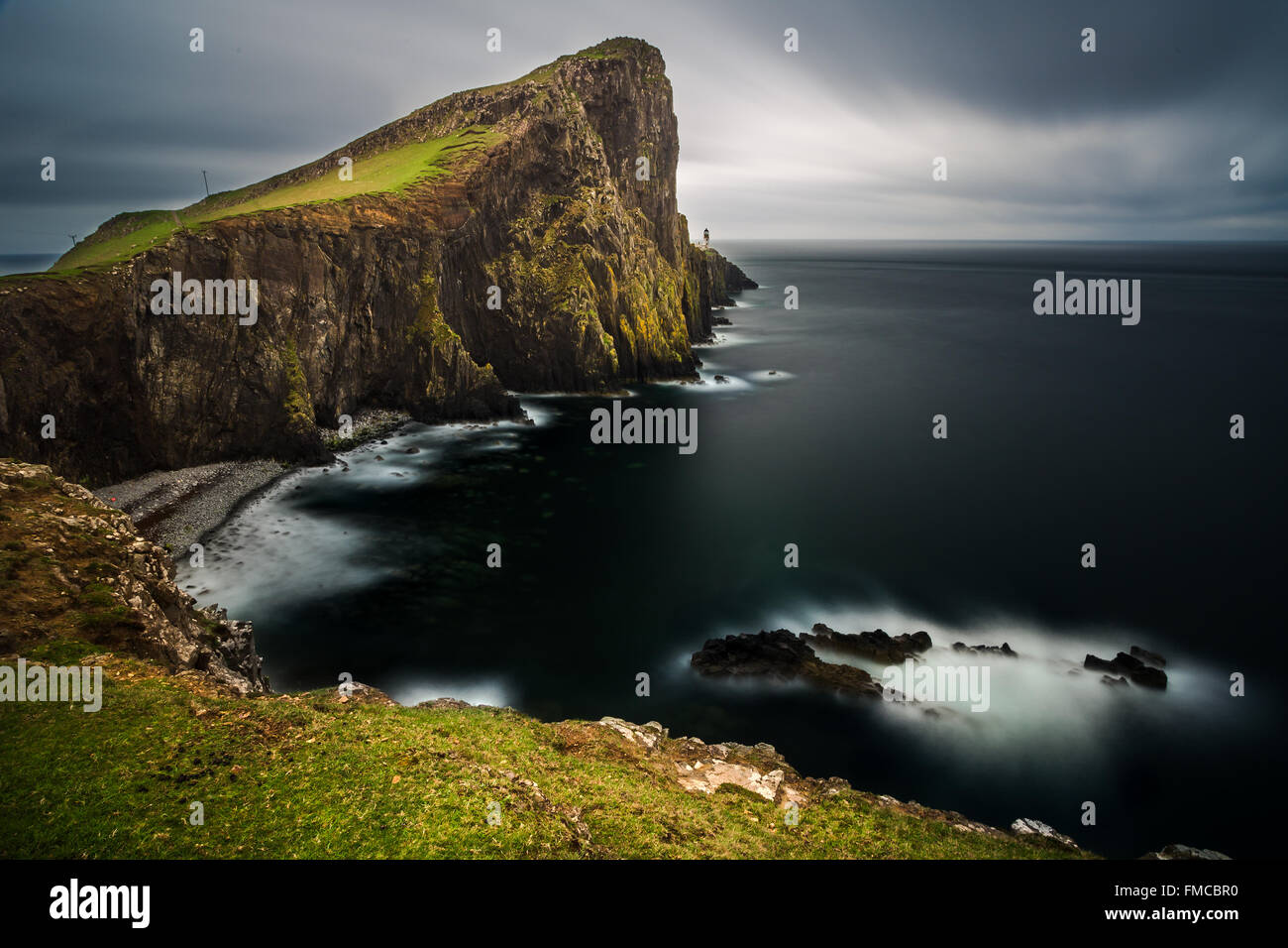 Neist Point Lighthouse, Skye, Escocia Foto de stock