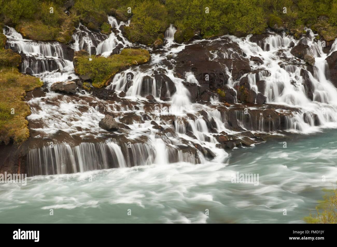Islandia, oeste de Islandia, cascadas y las cascadas de Barnafoss y Hraunfossar Foto de stock