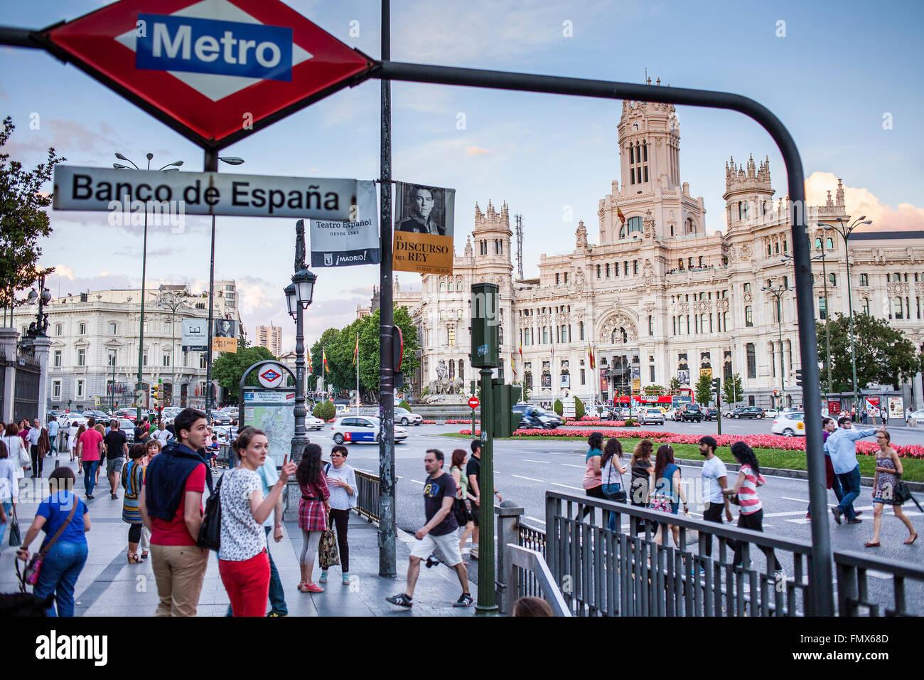 Banco De Espana Metro Station Imágenes De Stock Banco De