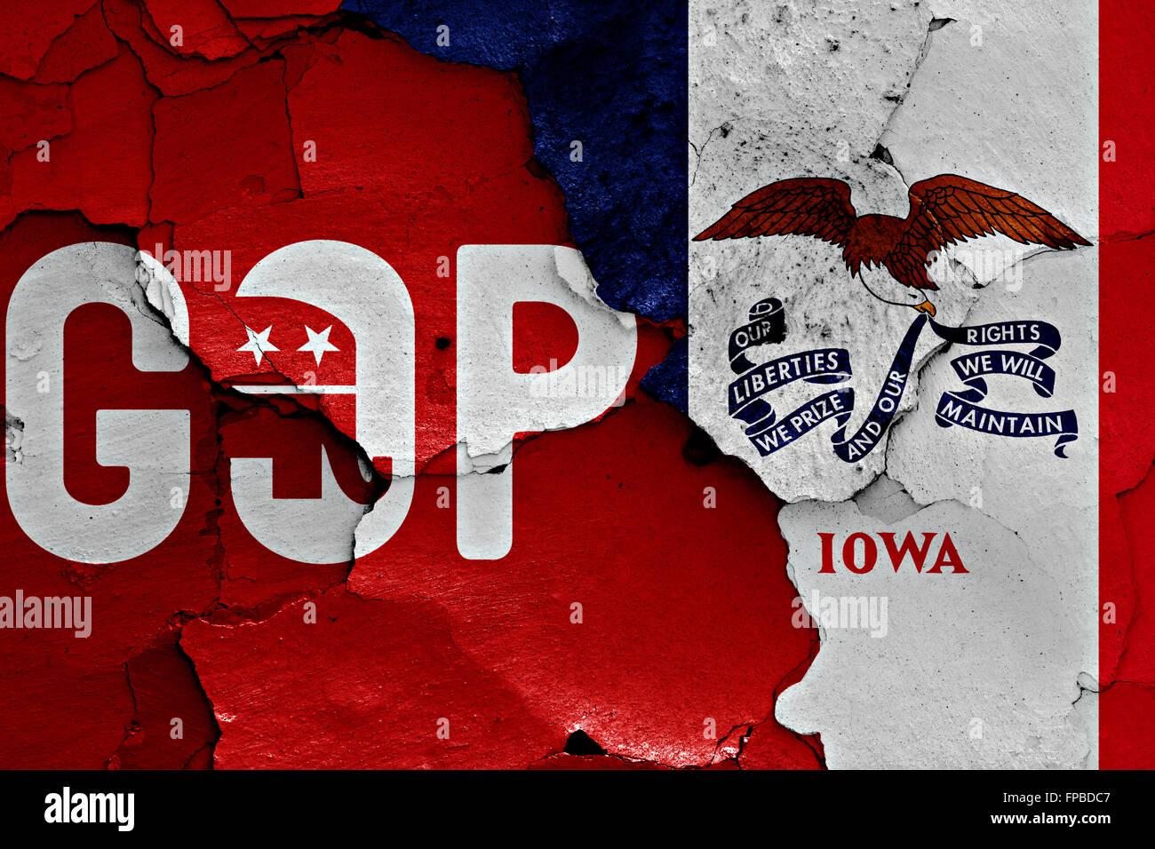 Pabellón de GOP y Iowa pintados en la pared agrietada Foto de stock
