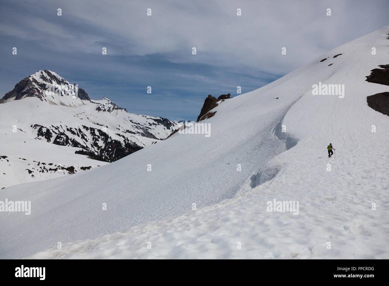 Senderismo en ceja de Lagos, Garibaldi Provincial Park, Columbia Británica Imagen De Stock