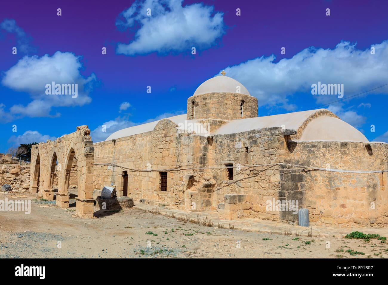 Antigua iglesia de Panagia Odigitria 'orientar' (la Virgen María) en Chipre. Imagen De Stock