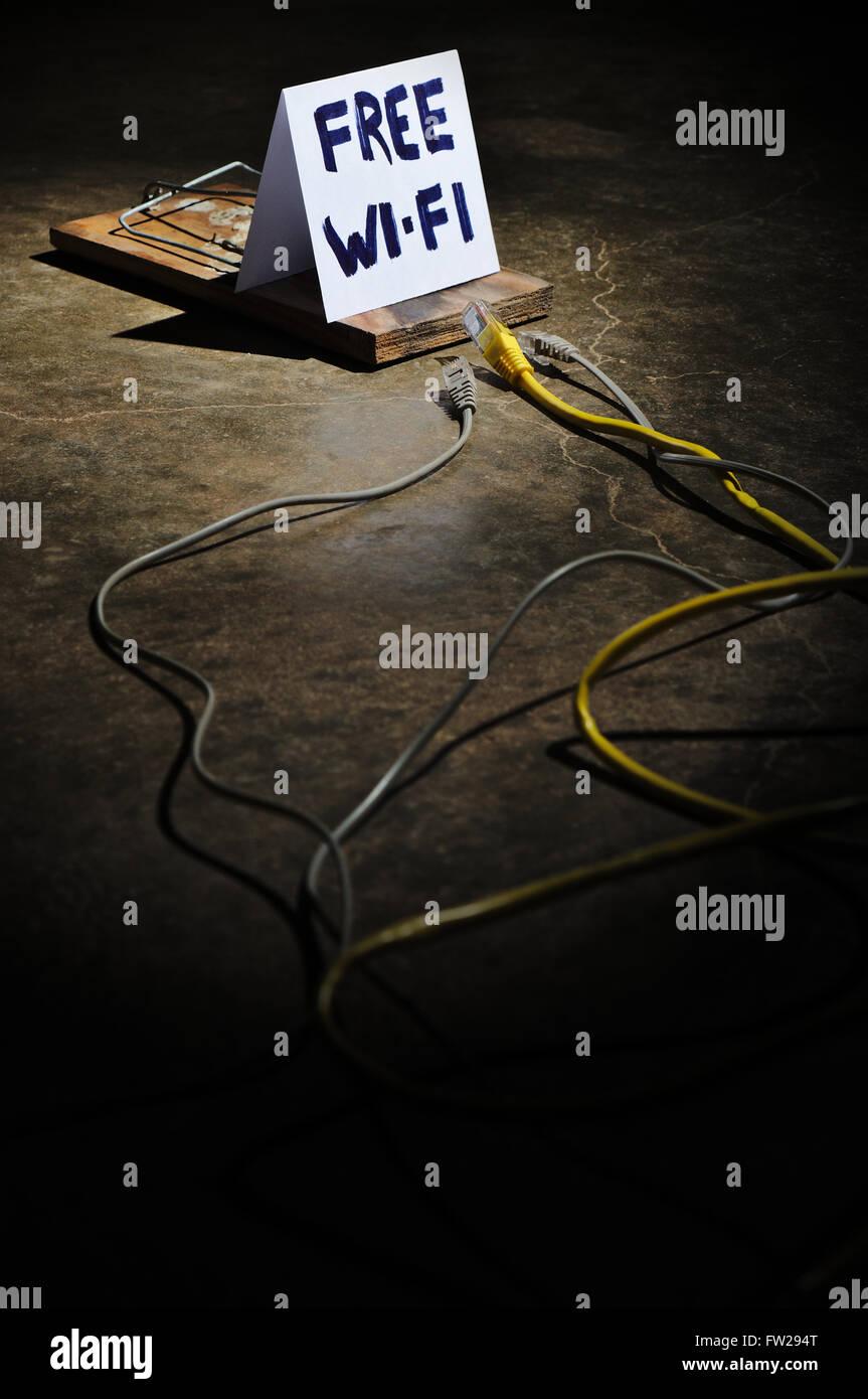 Los peligros de wi-fi gratuito. Los delitos cibernéticos y redes hacking Imagen De Stock