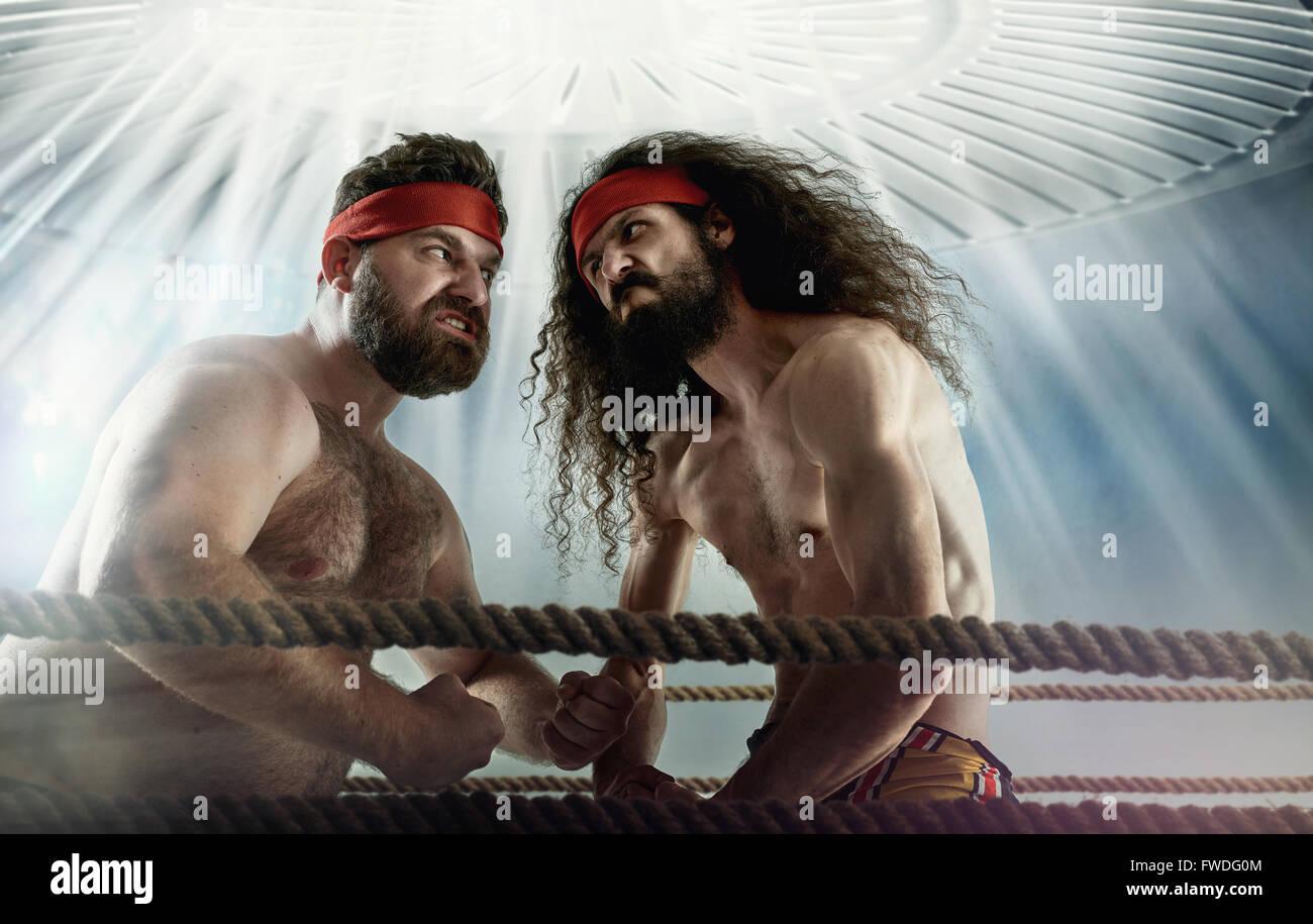 Foto divertida de dos oponentes antagonista tonto Imagen De Stock