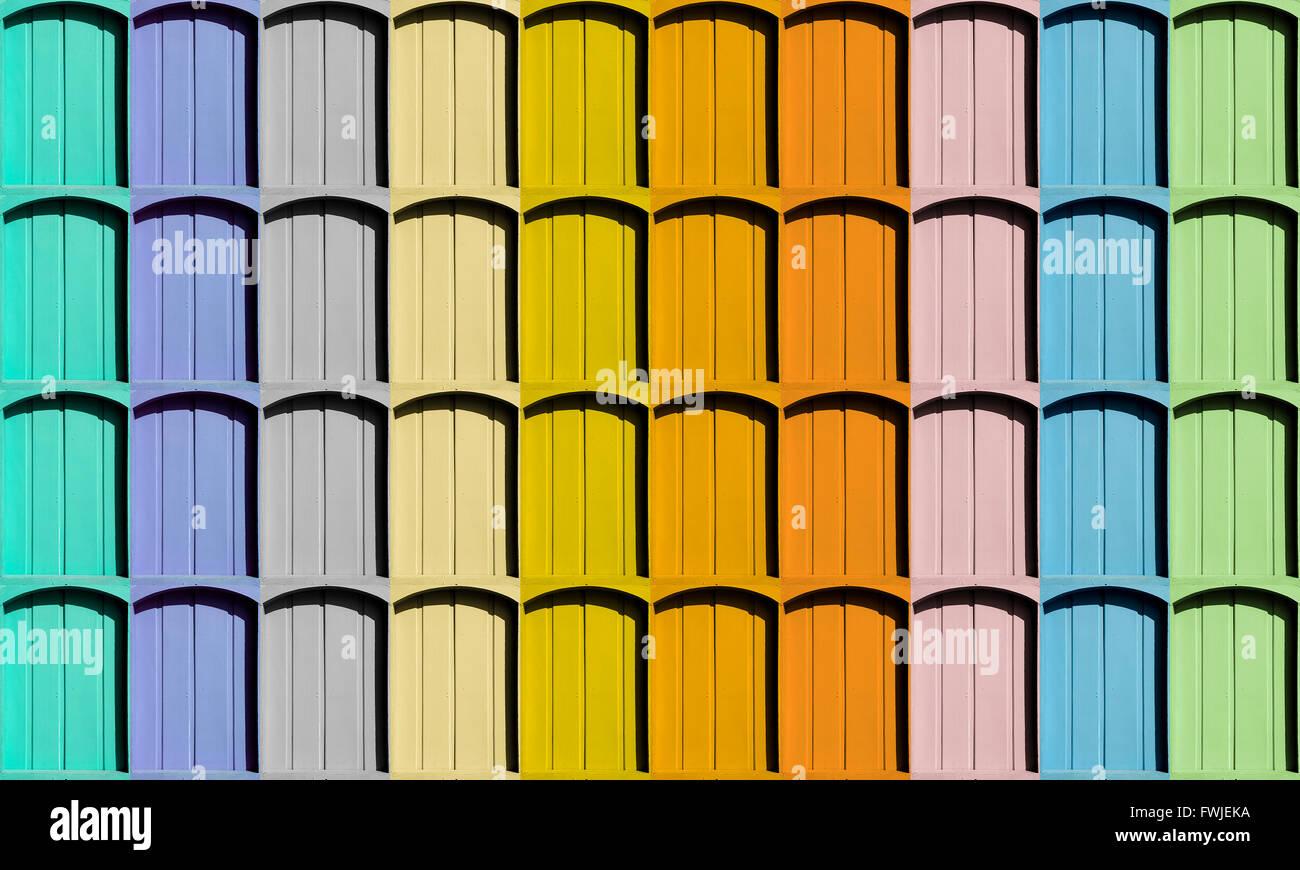 Disparo de fotograma completo de ventanas de arco Multicolor Foto ...