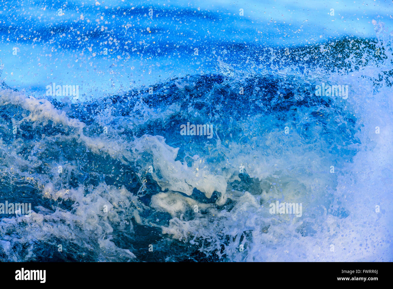 Las olas en la costa de Maui closeup Foto de stock