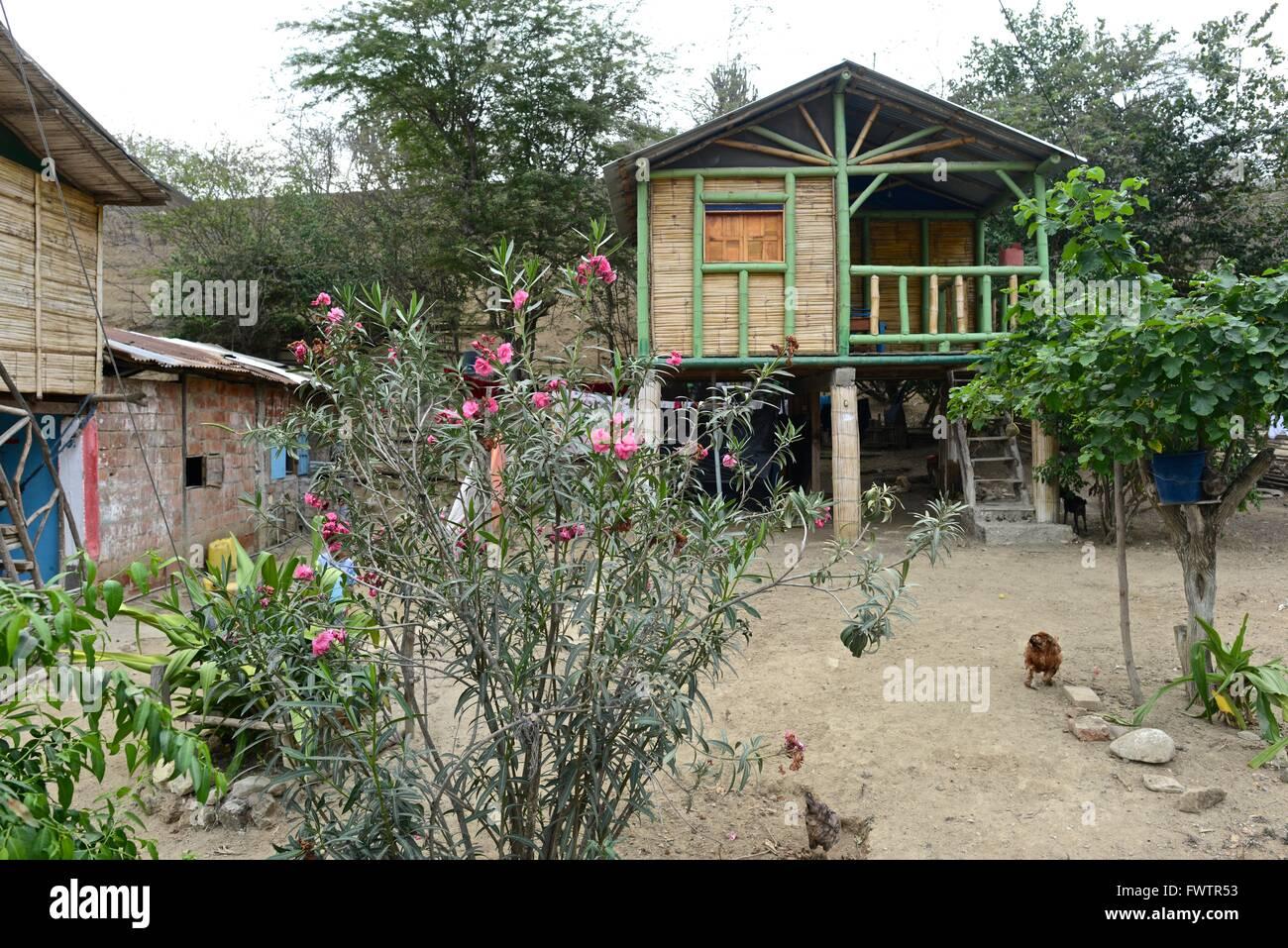 Agua Blanca. una comuna en la parroquia Machalilla, Puerto López, cantón de la provincia de Manabí, Ecuador. Está al este de la ciudad de Puerto Lóp Foto de stock