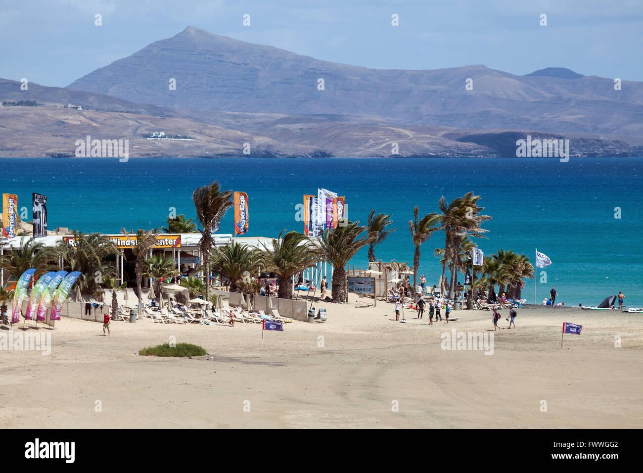 René Egli Windsurf en la Playa de Risco del Paso beach, la Playa de Sotavento, Jandía, Fuerteventura, Islas Canarias, Foto de stock