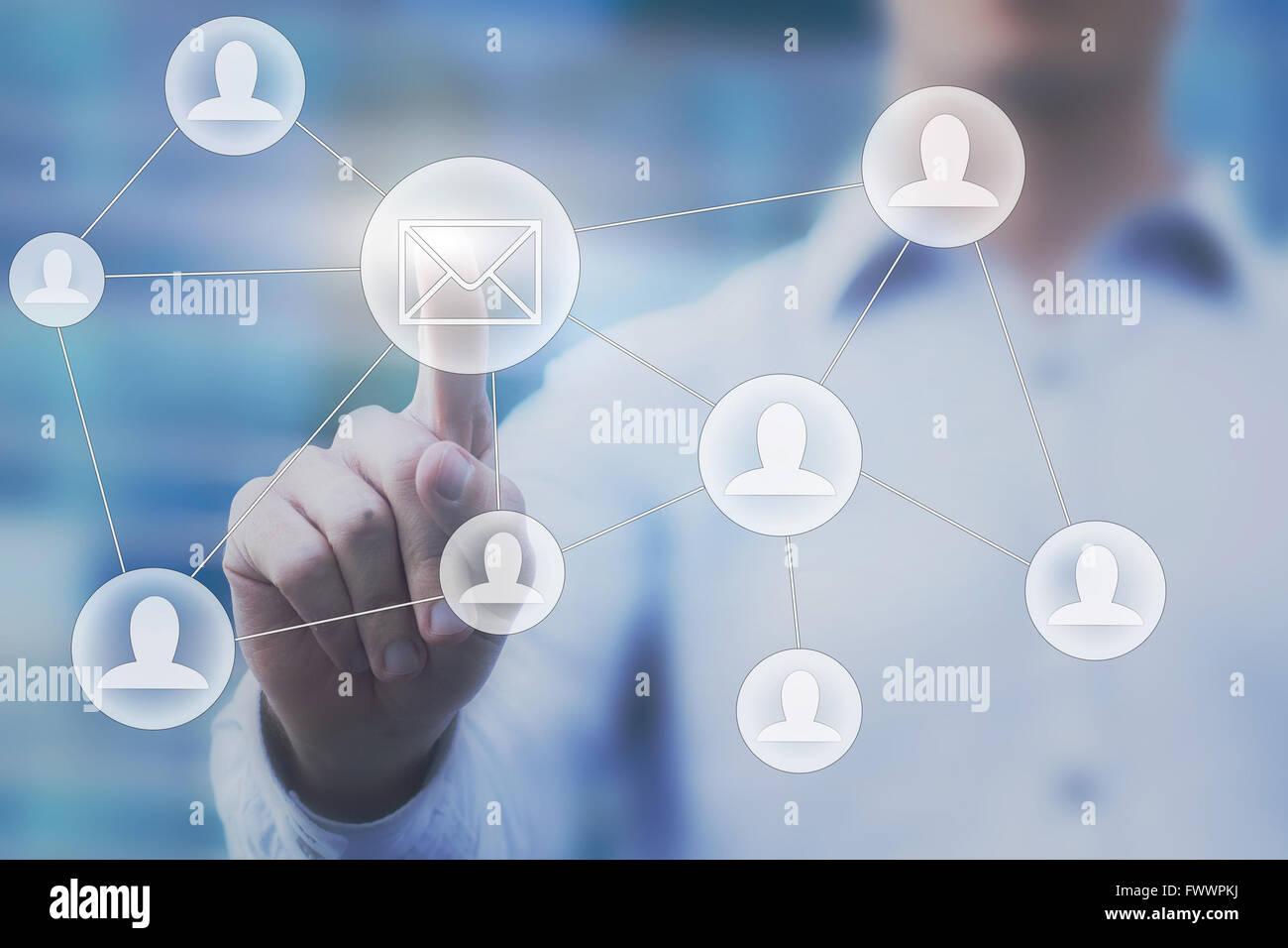 Concepto de marketing por correo electrónico Foto de stock