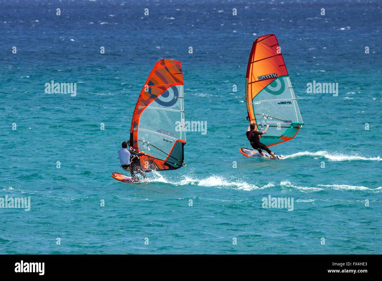 Surf, windsurf, la Playa de Risco del Paso, Playa de Sotavento de Jandía, Jandía, Fuerteventura, Islas Canarias, Foto de stock