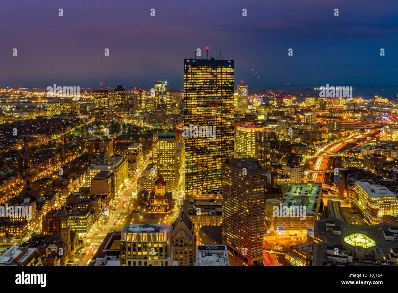 Boston por la noche desde el edificio Prudential Imagen De Stock