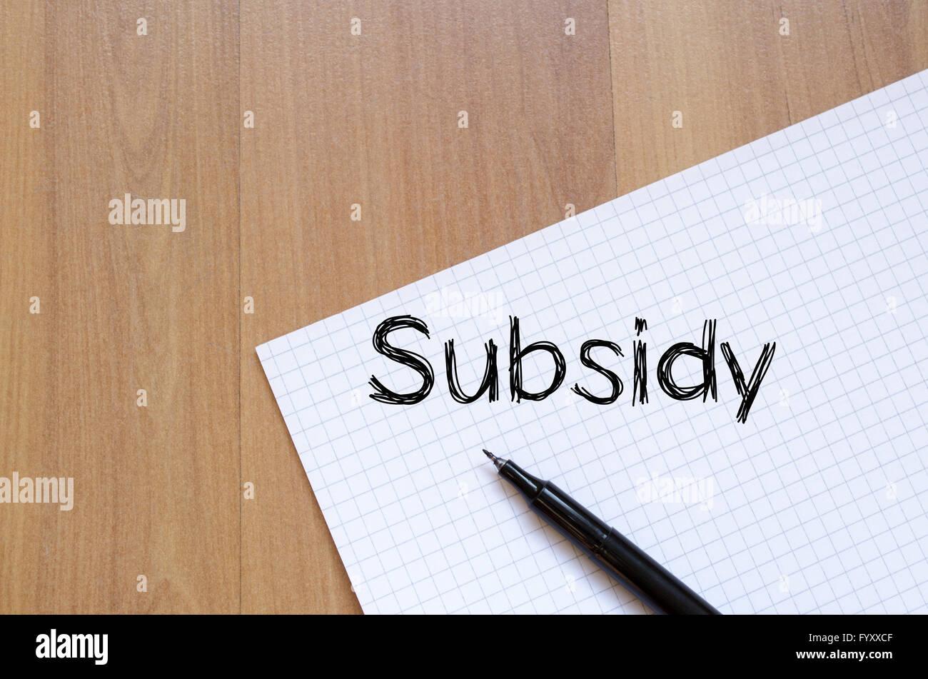 Subvención escribir en portátil Imagen De Stock