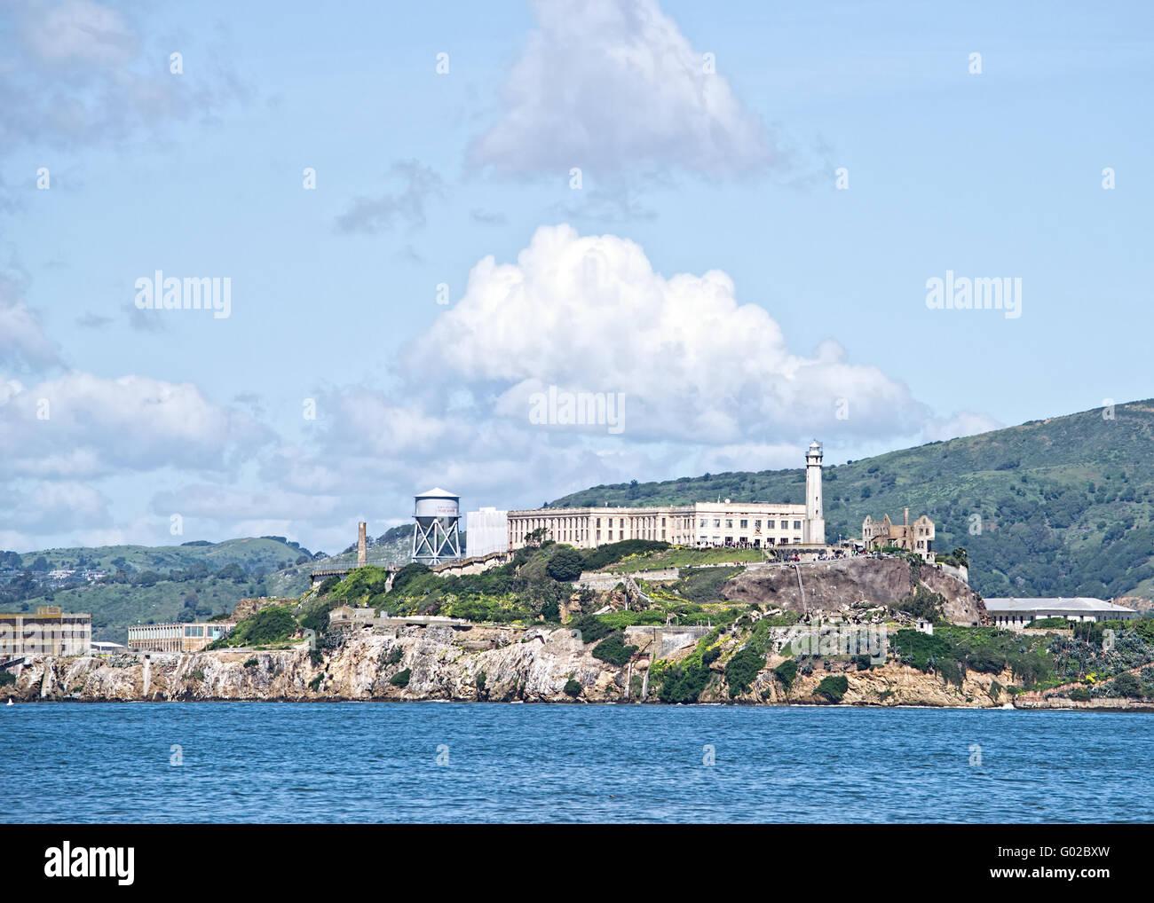 La isla de Alcatraz, visto desde el embarcadero Foto de stock