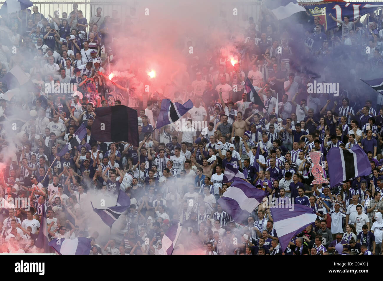Ujpest vs. Diosgyori VTK húngaro de la final de la Copa de fútbol Imagen De Stock