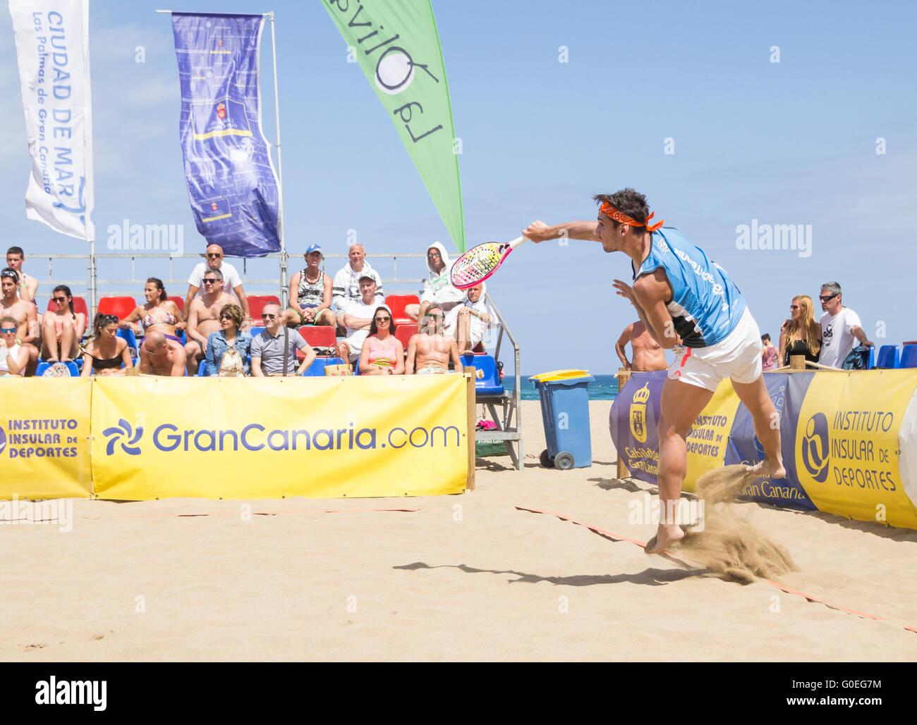 Torneo internacional de tenis de playa. Foto de stock