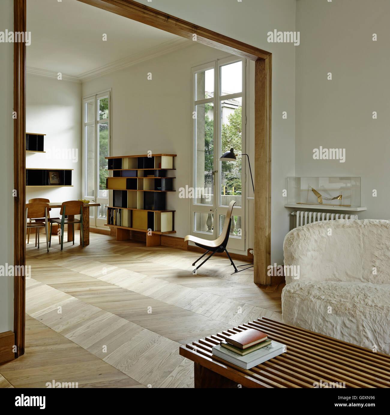Apartamento MA, Barcelona, España. Plan abierto, un moderno ...