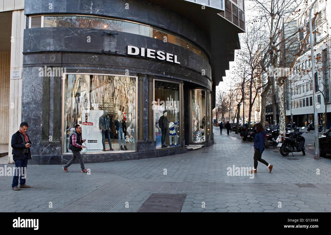 0cae7d82666 Tienda tienda diesel en Passeig de Gràcia   Paseo de Gracia de Barcelona