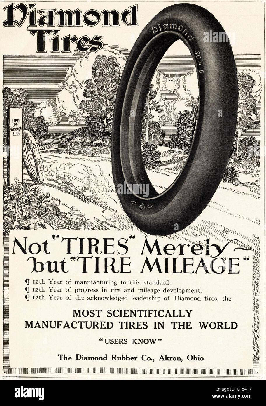 Original antiguo vintage revista americana anuncio desde la época eduardiana, data de 1910. Publicidad publicidad los neumáticos en el diamante el caucho Co de Akron Ohio EE.UU Foto de stock