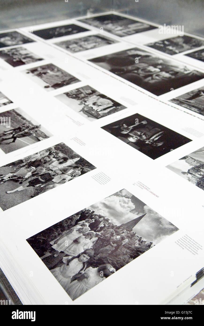 Libro italiano impresoras EBS Verona. Una vez al año algunas costumbres tradicionales británicos por Homero Imagen De Stock