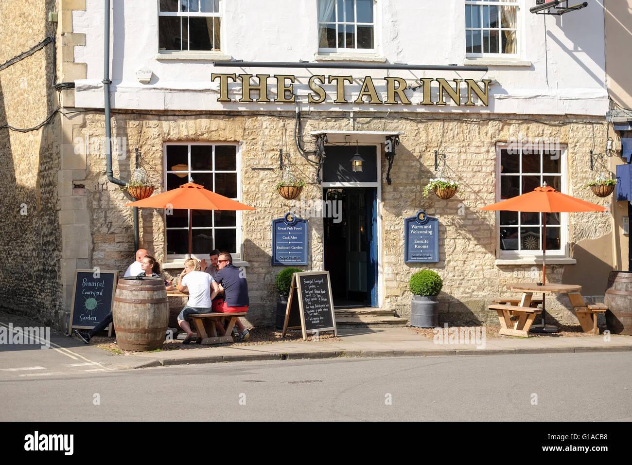 El Star Inn Hotel en el pueblo de Woodstock, en Oxfordshire Imagen De Stock