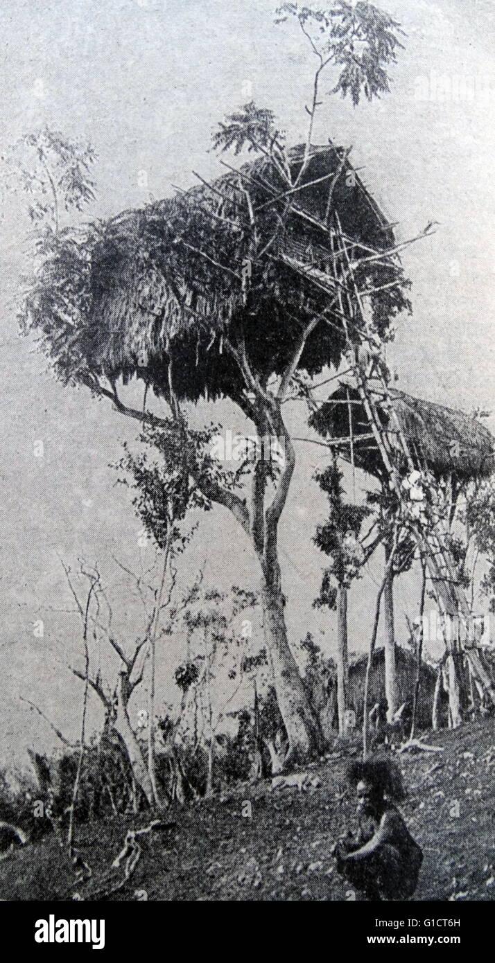 Tres habitantes en el siglo XX. Imagen De Stock