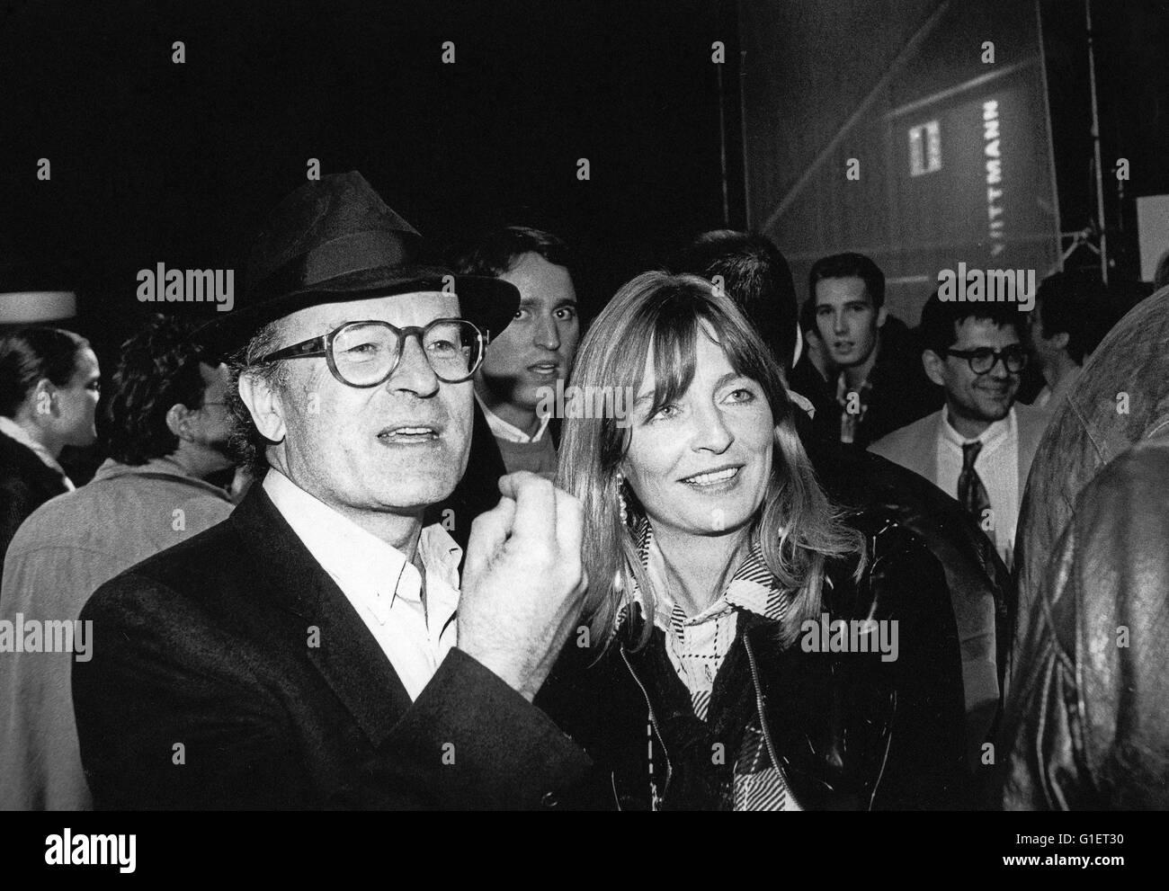 Der deutsche Regisseur und Drehbuchautor Volker Schlöndorff auf der Viennale 1991, Österreich 1990er Jahre. Imagen De Stock