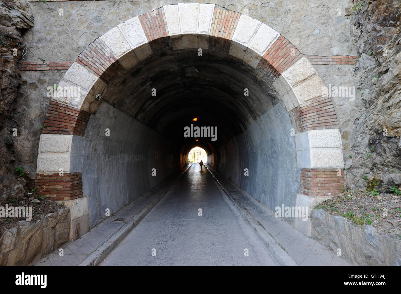 Túnel, oscuridad, luz, esperanza, Málaga, España Imagen De Stock