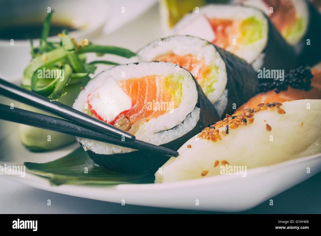 Sushi Roll materias makki alimentos frescos mariscos susi - stock image Foto de stock