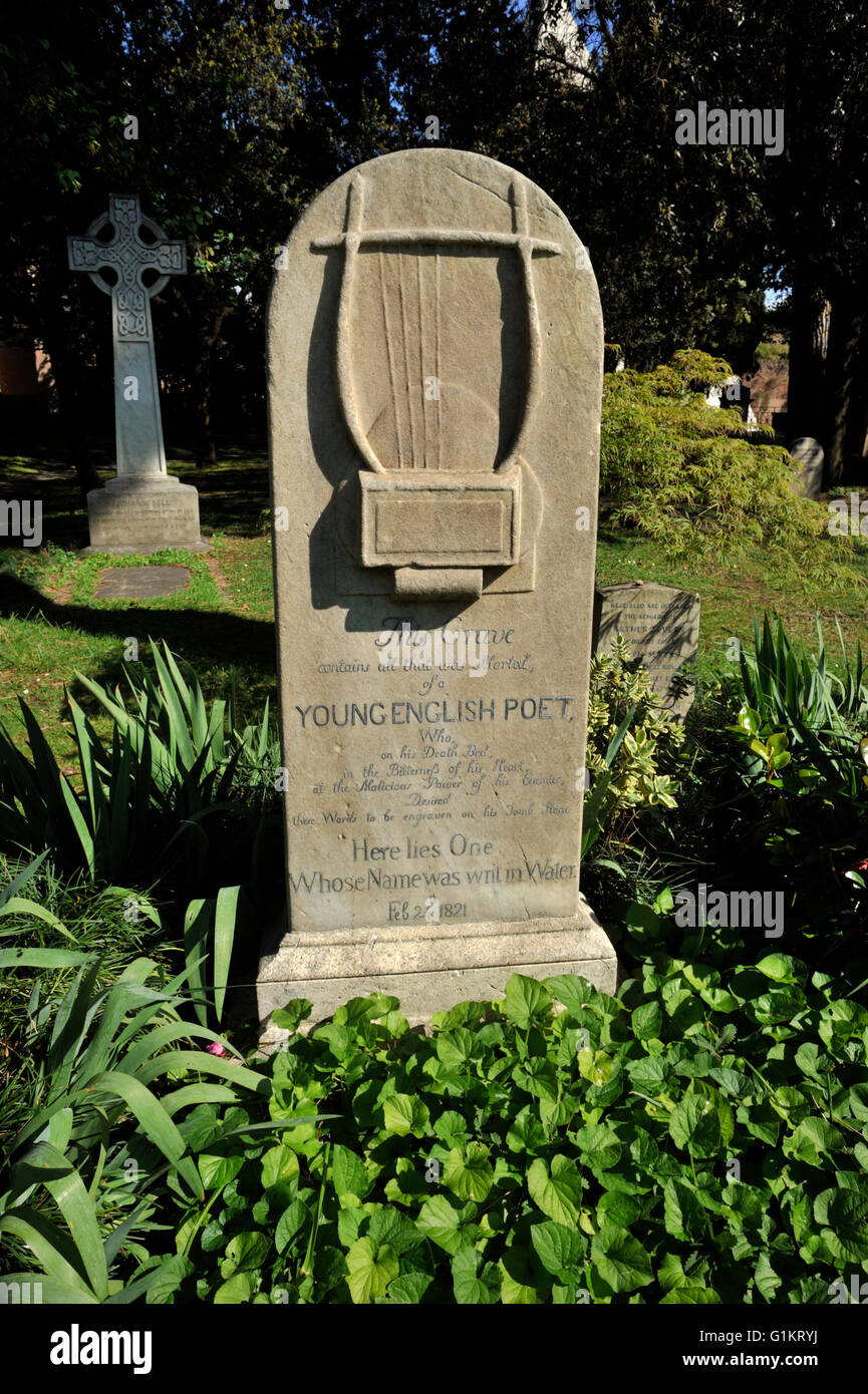 Italia, Roma, cementerio protestante, John Keats grave Foto de stock