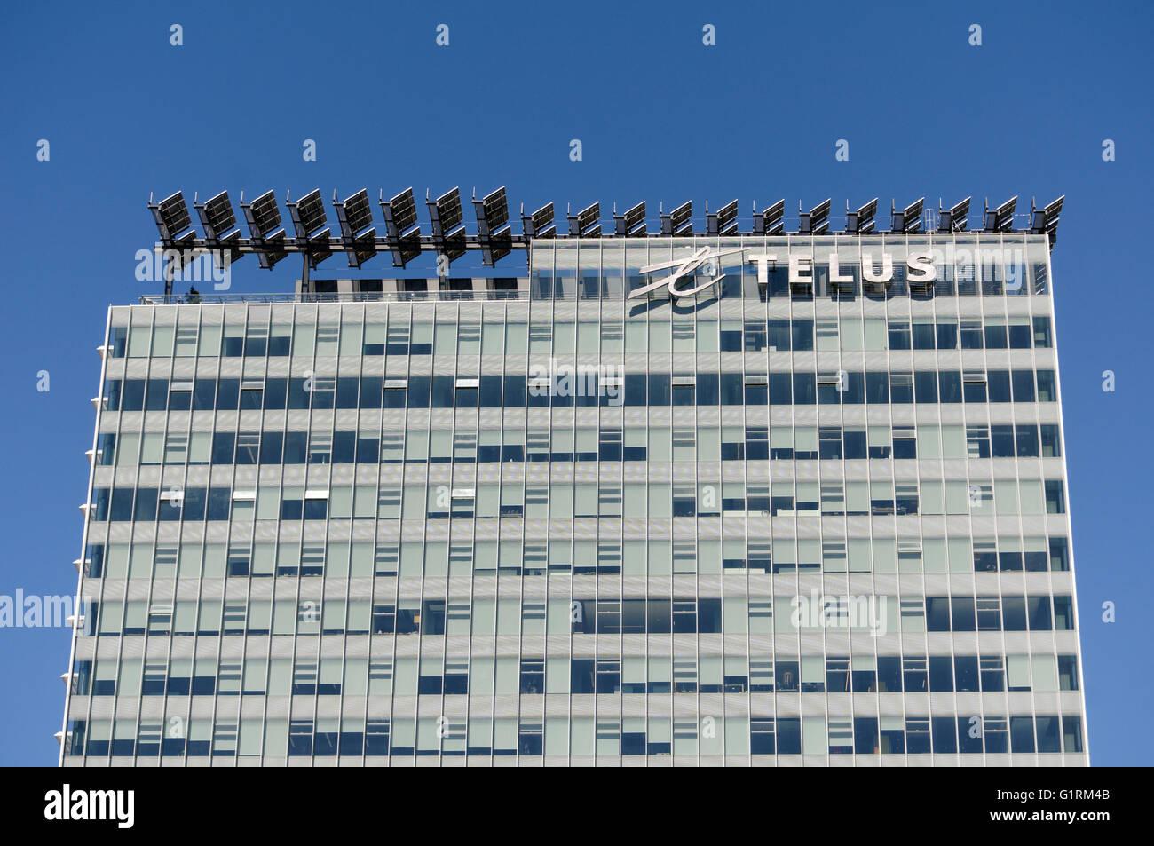 TELUS Garden torre de oficinas mostrando los paneles solares en la azotea en el centro de Vancouver, BC, Canadá Imagen De Stock