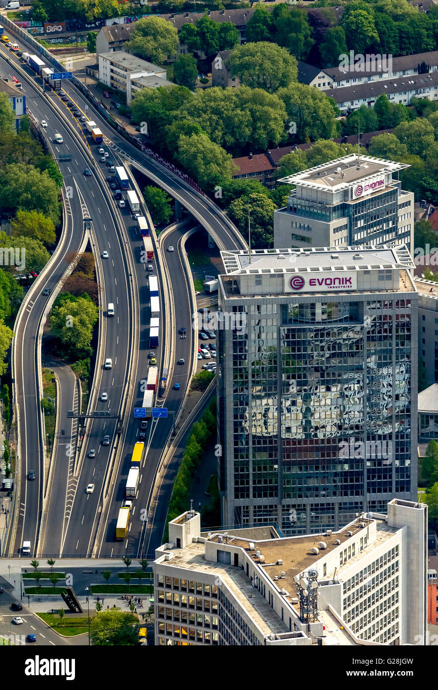 Vista aérea, bloqueando la A40 en dirección a Bochum y bloqueando la A52 antes de la A40, Essen, Ruhr, Imagen De Stock
