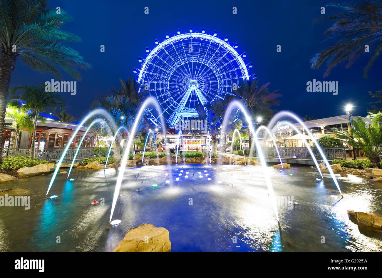 El Orlando Eye es una noria de 400 pies de altura en el corazón de Orlando y la rueda de observación más grande en la costa oriental Foto de stock
