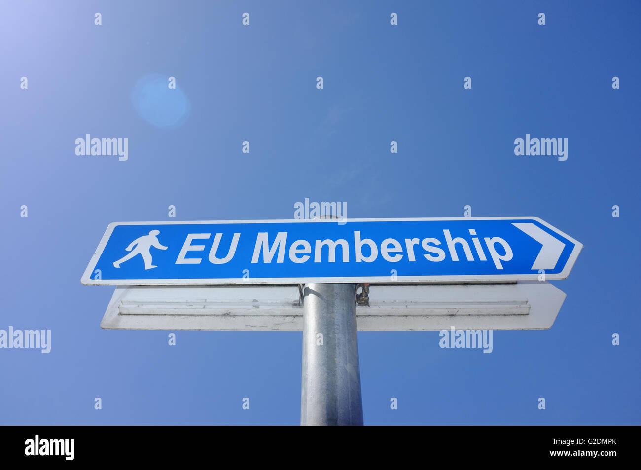 La pertenencia a la UE en una senda firme en Bristol, en el Reino Unido. Imagen De Stock